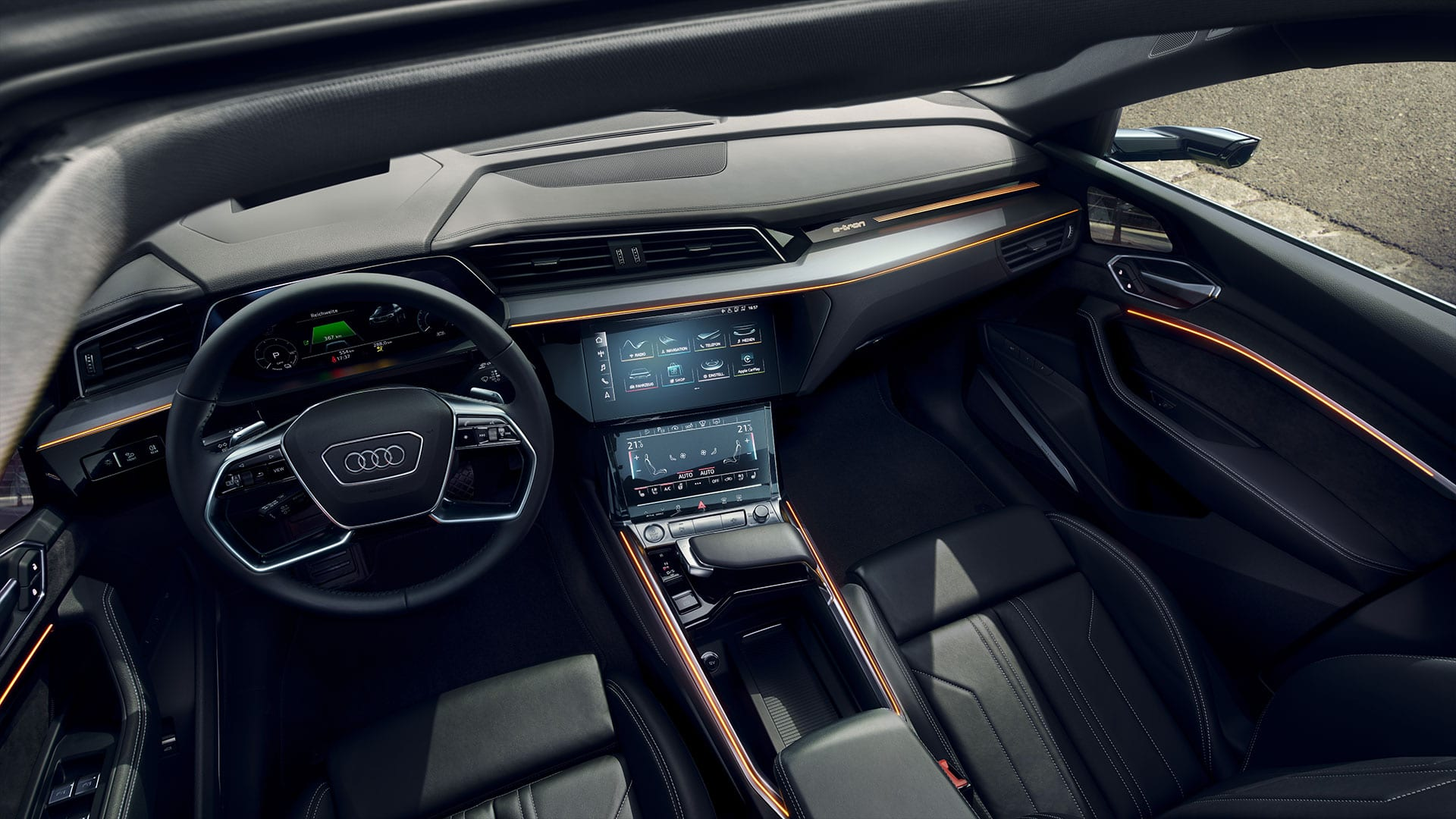 MMI Navigation plus in Audi e-tron